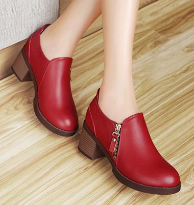 时尚女款单鞋